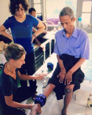 Malou in actie als vrijwilliger in het buitenland
