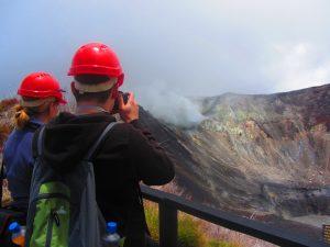Op de actieve vulkaan in Costa Rica