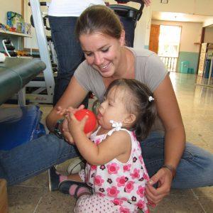 Mirthe fysiotherapie op Galapagos